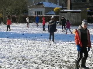 Snowball dodgeball KS2 Feb 21